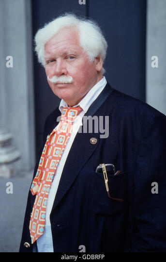 Russell, Ken, 3.7.1927 - 27.11.2011, British director, half length, during promotion tour for his movie 'The - Stock-Bilder