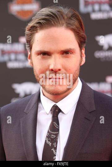 Hollywood, CA, USA. 12th Apr, 2016. 12 April 2016 - Hollywood, California - Daniel Bruhl. ''Captain America: - Stock Image