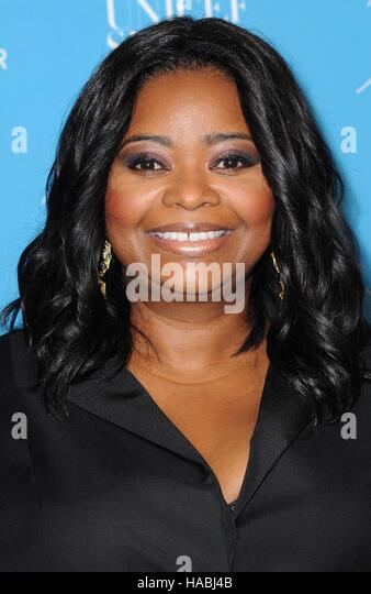 New York, NY, USA. 29th Nov, 2016. Octavia Spencer at arrivals for 12th Annual UNICEF Snowflake Ball, Cipriani Wall - Stock Image