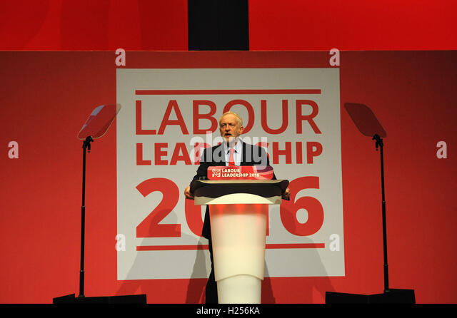Liverpool, England. 24th September, 2016. Jeremy Corbyn, gives his first speech following the announcement of his - Stock-Bilder