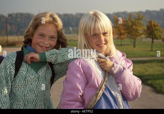 Estonia Tallin Esmar Elementary School female students girls friends - Stock Image