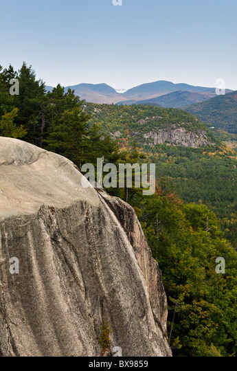 View of Mountains from Cathedral Ledge in Echo Lake State Park near North Conway, New Hampshire - Stock Image