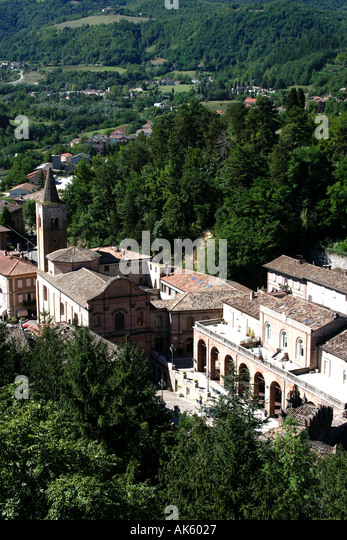 Ariel view of the church in Amandola  and wooded countryside Le Marche Italy - Stock Image