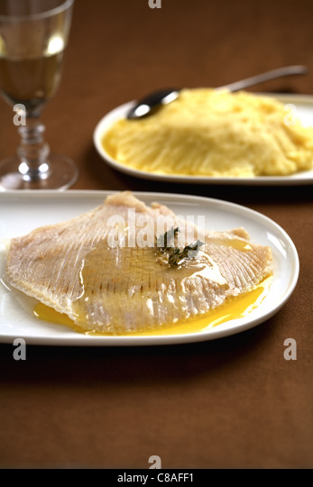 Skate with white butter sauce - Stock Image