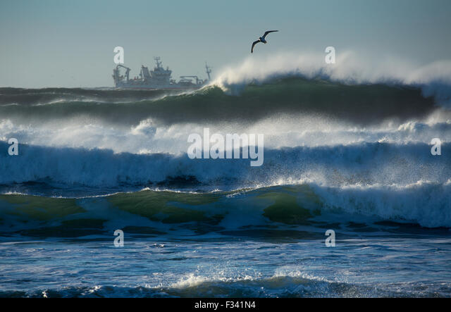 waves breaking off the Reykjanes Peninsula, Iceland - Stock Image