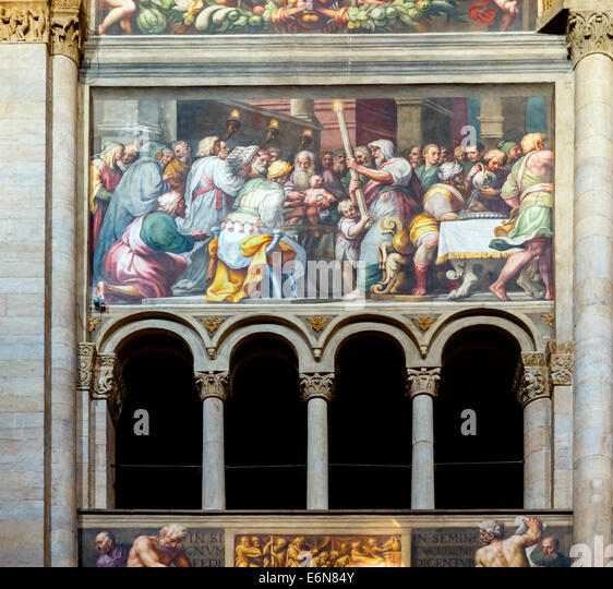 Paintings in the nave of the Duomo, Parma, Emilia Romagna, Italy - Stock-Bilder