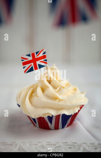 Union Jack cupcakes to celebrate the Diamond Jubilee - Stock-Bilder