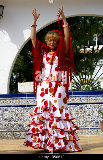 Beautiful middle aged Spanish woman costume, Andalucia, Spain, Europe - Stock Image