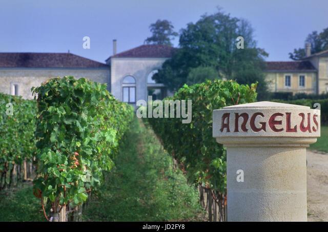 Angelus stock photos angelus stock images alamy for Chateau angelus