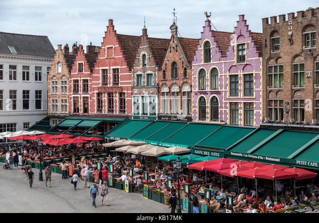 Markt Square in the historic city of Bruges in Belgium. The city centre is a UNESCO World Heritage Site. - Stock Image