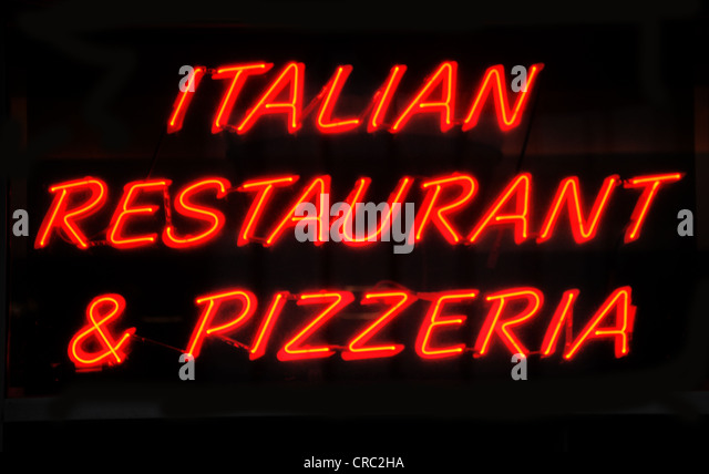 Pizzeria sign stock photos amp pizzeria sign stock images alamy