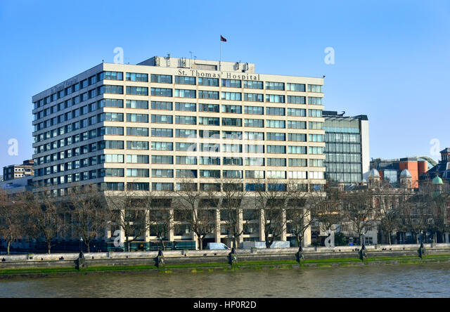 London, England, UK. St Thomas' Hospital, Westminster Bridge Road, overlooking the River Thames - Stock Image