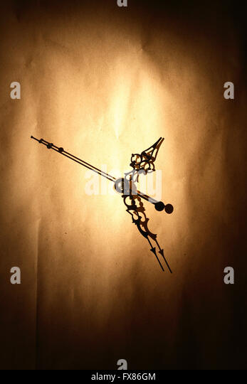 Time concept. Clock face on nice crumpled paper background - Stock-Bilder