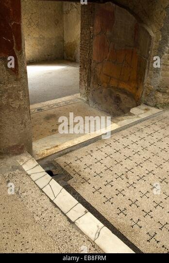 Floor mosaic pompeii stock photos floor mosaic pompeii for Casa del cortile spagnolo