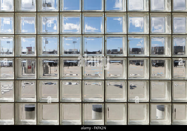 Glass Brick Stock Photos Amp Glass Brick Stock Images Alamy