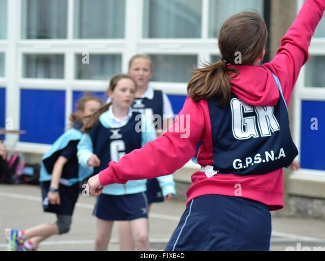 Girls netball game - Stock Image