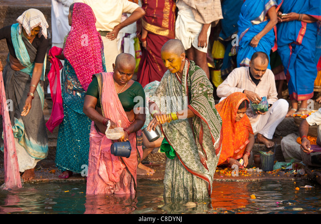 hindu single women in lost city Lost hindu pilgrims wait for their relatives in a camp south of the eastern indian  city of kolkata  city of allahabad plays host to a vast gathering of hindu pilgrims   living alone, or with young children or other single women.
