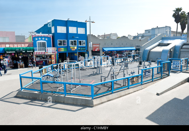 World famous Muscle Beach gym, an open air weightlifting health club, where many famous bodybuilders started their - Stock Image