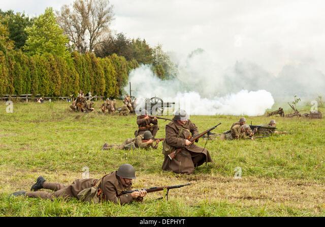 Lomianki, Poland. 22nd Sep, 2013. 22nd September, 2013. Polish infantry during Battle at Lomianki - historical reenactment, - Stock Image