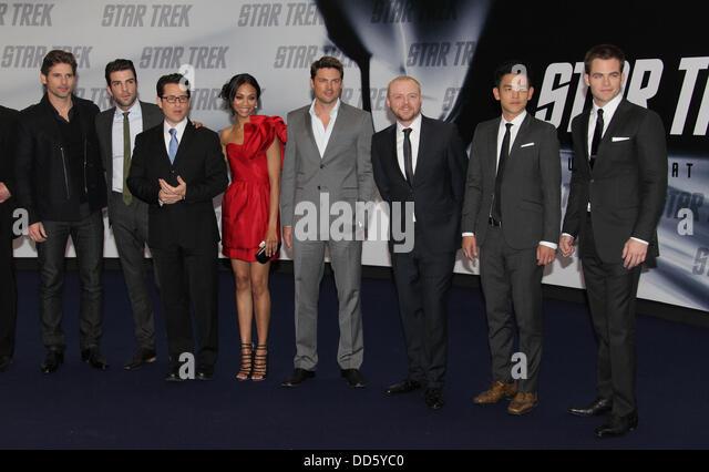 Chris Pine (Kirk), Zachary Quinto (Spock), John Cho (Sulu), Simon Pegg (Scott), Anton Yelchin (Chekov), Karl Urban - Stock Image