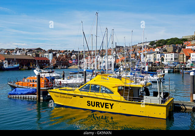 Endeavour And Boat Stock Photos & Endeavour And Boat Stock ...