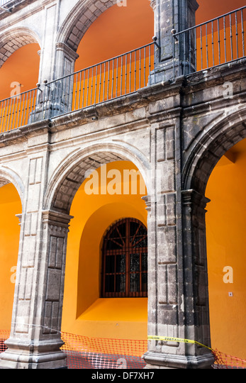 Colonnade or loggia with baroque 18th century details in the Museo de la Ciudad de México. - Stock Image