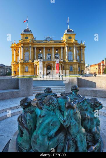 Zagreb town - Theatre HNK, Sculpture, Ivan Mestrovic's Sculpture Fountain of Life - Stock-Bilder
