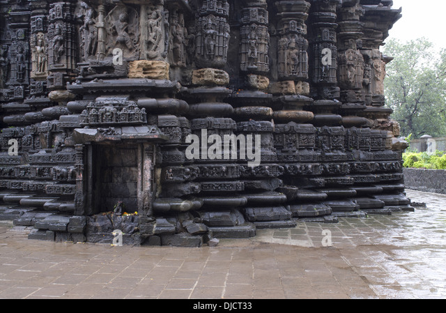 Amreshwar temple of Shiva, Lower offsets and Mandovara showing dancing images and incarnations of Lord Shiva, View - Stock Image