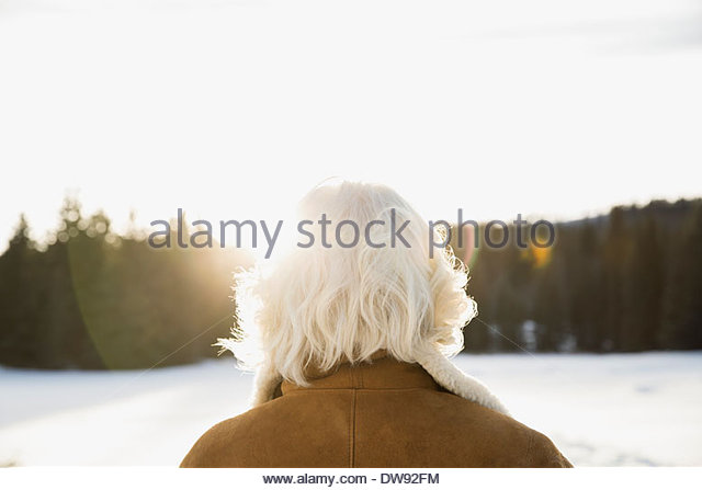 snowflake mature women personals Hiya, i'm fairly new to this site but started reading here in the forums and find it entertaining lol i would like to hear from the guys why they think older woman.