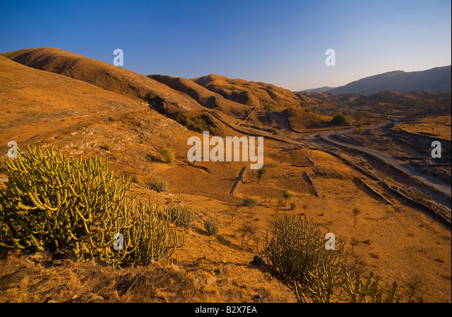 Rajasthani Landscape near Udaipur, Rajasthan, India, Subcontinent, Asia - Stock-Bilder