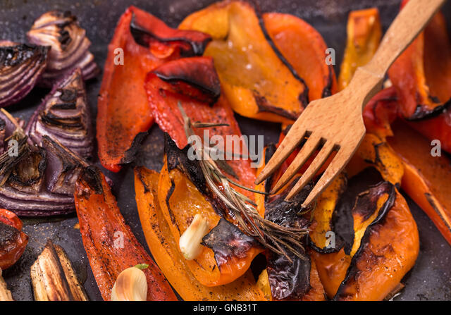 Grilled red sweet pepper and onion - Stock Image