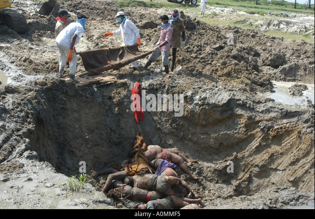 Pile Of Bodies : Dead bodies stock photos images alamy
