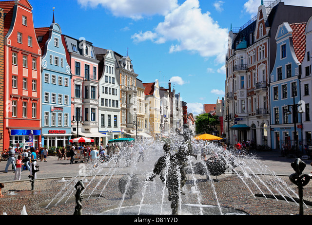 rostock fountain stock photos rostock fountain stock images alamy. Black Bedroom Furniture Sets. Home Design Ideas