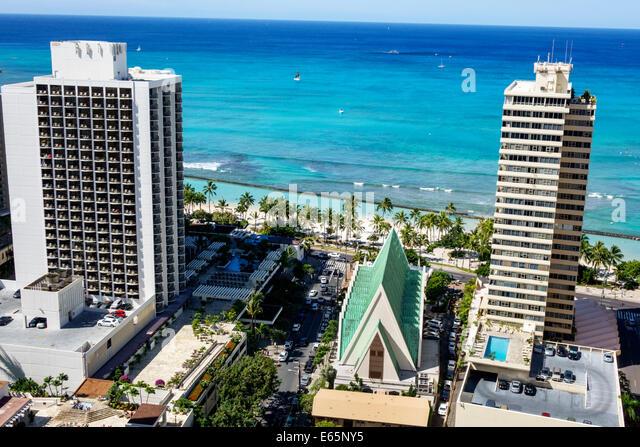 Hawaii Hawaiian Honolulu Waikiki Beach Pacific Ocean resort Kuhio Beach State Park high rise building hotels condominium - Stock Image