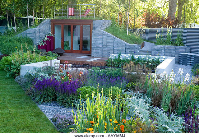 Stone gabions stock photos stone gabions stock images for The garden design team newark