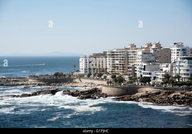SEA POINT CAPE TOWN SOUTH AFRICA. The coastline and Atlantic facing properties at Sea Point a popular resort in - Stock Image