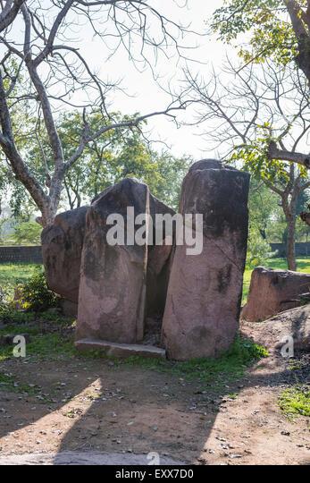 Massive stones within the grounds of ancient 10th Century Hindu temples at Khajuraho, Madhya Pradesh, India - Stock Image