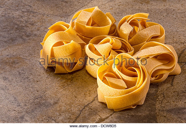 how to cook tagliatelle pasta nests