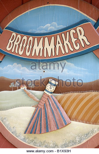 Arkansas Ozark Mountains Mountain View Ozark Folk Center State Park broom maker shop sign tradition heritage - Stock Image