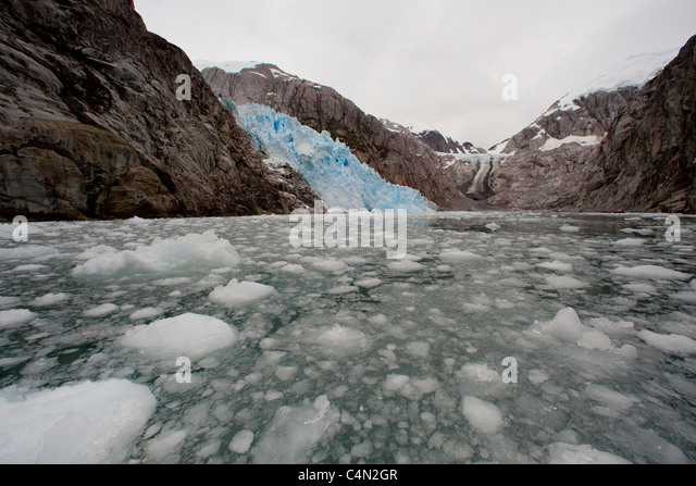 Glacier melting in Chile - Stock Image