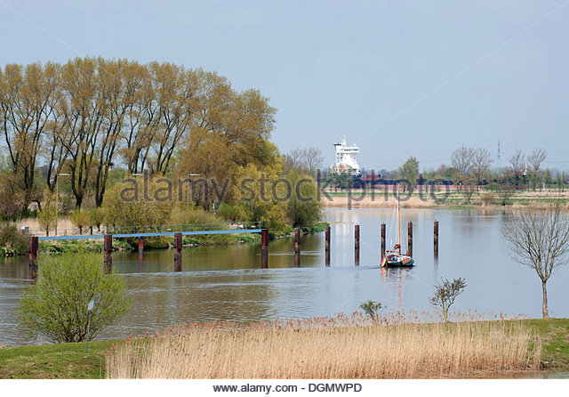 Beidenfleth, Germany, overlooking the lower reaches of Stoer - Stock Image
