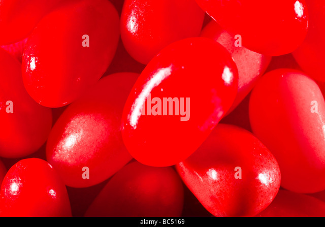 Red jelly beans captured in 16 bit and provided in Adobe1998 color space to hold difficult red tones - Stock-Bilder