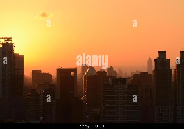 Sunset cityscape - Stock-Bilder