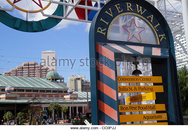 Louisiana New Orleans Convention Center Boulevard Riverwalk Marketplace Port of New Orleans direction pole sign - Stock Image