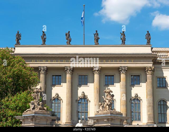 Fassade der Humboldt Universität Berlin - Stock-Bilder