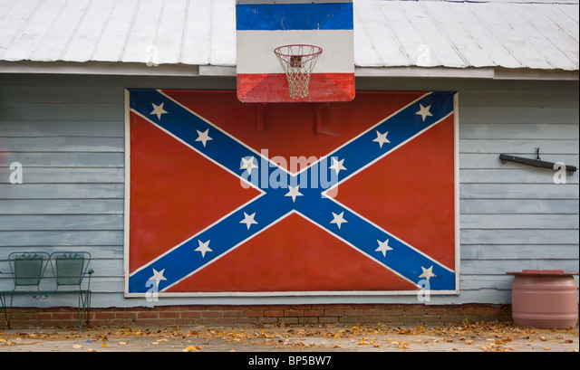 Confederate Flag on House in Bear Grass North Carolina - Stock Image