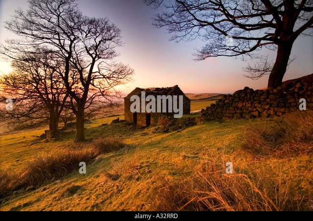 Winters Evening at Derelict Barn in The Peak District Staffordshire UK - Stock Image