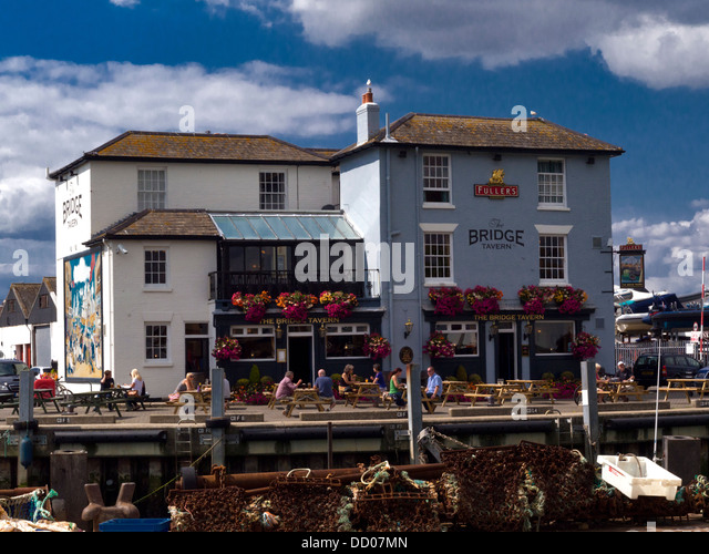 The Bridge Tavern, pub, old harbour, Portsmouth, Hampshire - Stock Image