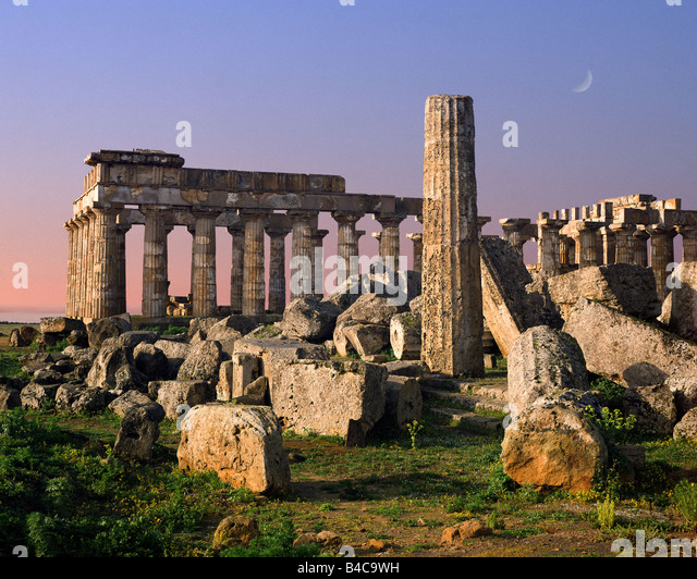 IT - SICILY: Temple-E and Temple-F at Selinunte - Stock Image