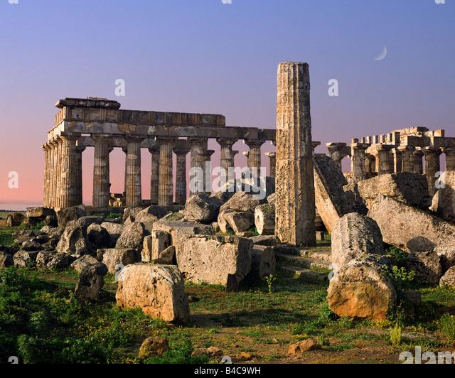 IT - SICILY: Temple-E and Temple-F at Selinunte - Stock Image